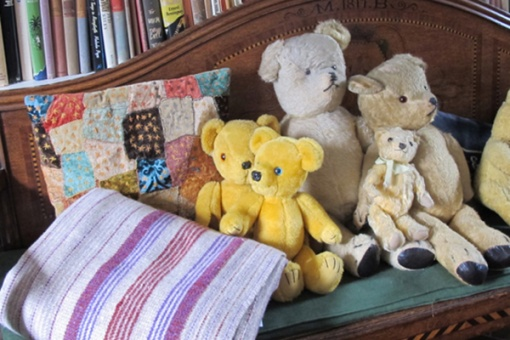 Heathery Mix Blanket - and bears