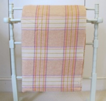 peach_plaid_res_1