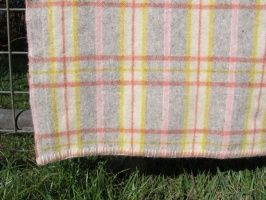 res_detail_of_pink_grey_yellow_and_red_plaid
