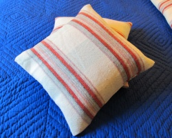 reznl_stripey_cushions_10