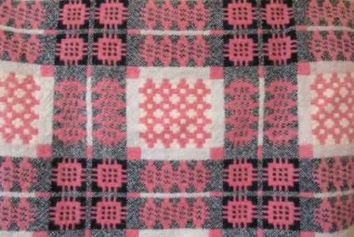 pink_tapestry_res_2_1959610082